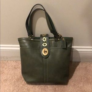 Coach sturdy bag with many pockets Army Green